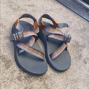 Men's Size 10 Chacos